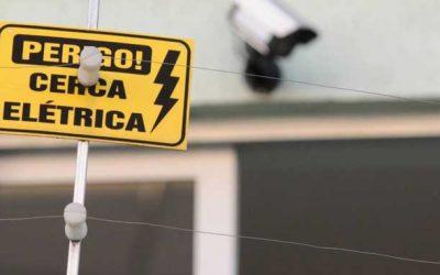 Cerca elétrica: uma segurança a mais para quem viaja no final do ano